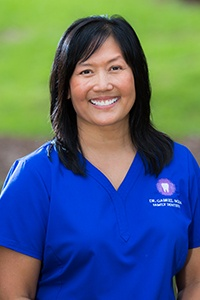 Headshot of Claire dental hygienist
